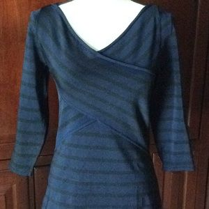 WHBM 3/4 sleeve V-neck top size S